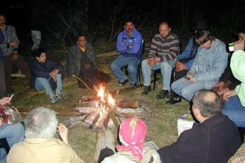 Romové u ohně